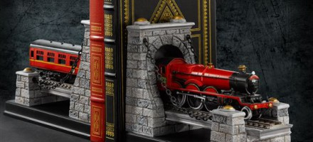 hogwarts-express-bookends